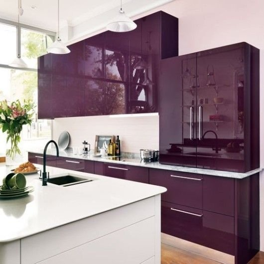 purple kitchen color idea