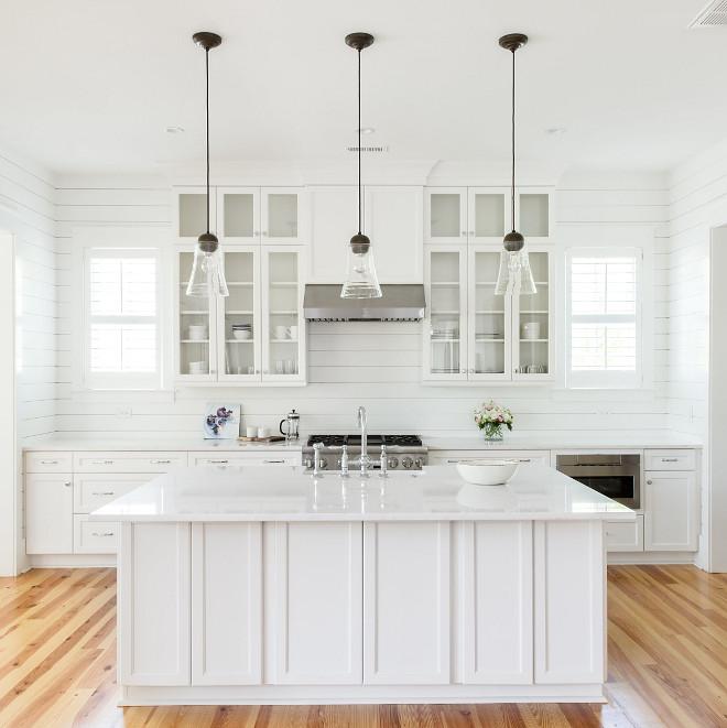 white kitchen color idea